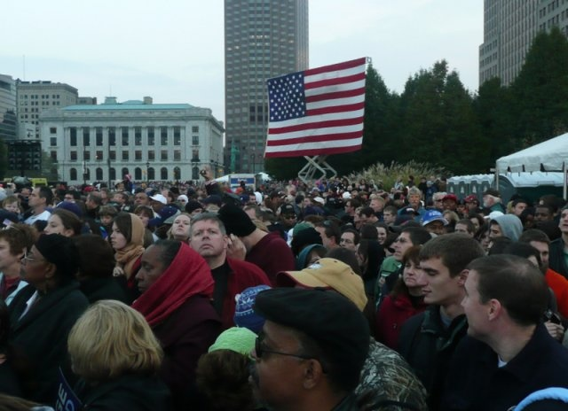 Supporters wait for Barack Obama to speak at a rally in Cleveland, Ohio, on November 2, 2008.