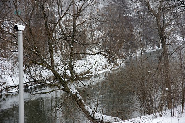 Peering up the Don River