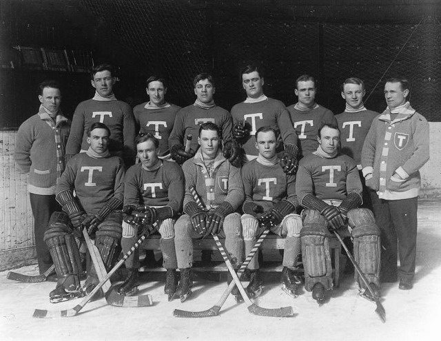 "Photo of the Torontos (aka Blueshirts), Stanley Cup Champions of 1913-1914, from {a href=""http://en.wikipedia.org/wiki/File:Torontos.jpg""}WikiMedia Commons{/a}."