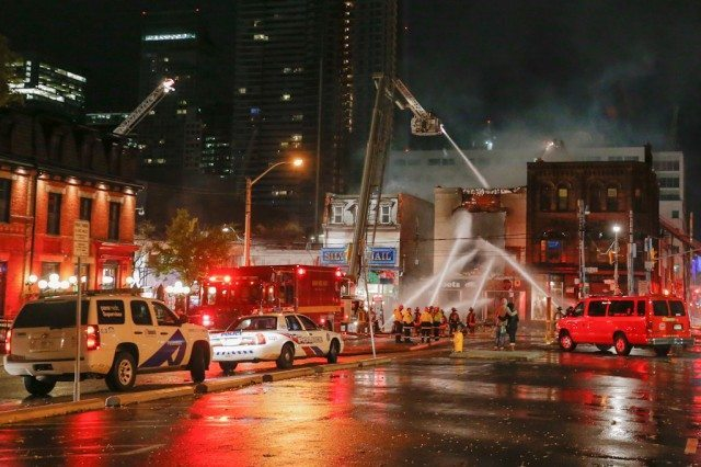 sandy-toronto-queen-fire-1