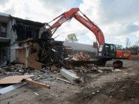 beach-house-demolition-2