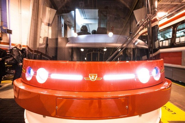 ttc-new-streetcar-front-lights