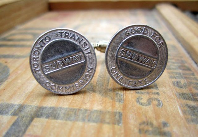 20121210subway_cufflinks