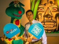 Polkaroo and Steve Paikin go paddle to paddle.