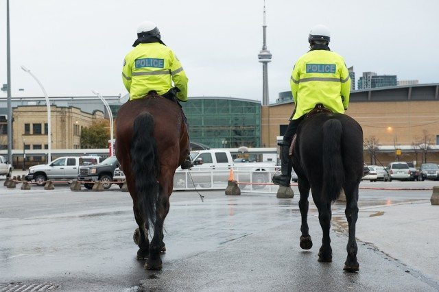 20121101 Toronto Mounted Police 0213 Photo by Corbin Smith
