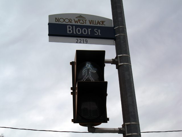 20130205bloorsign