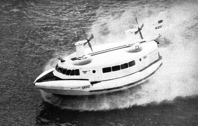 Image of the SR N2 Hovercraft from Flight International (March 9, 1962)