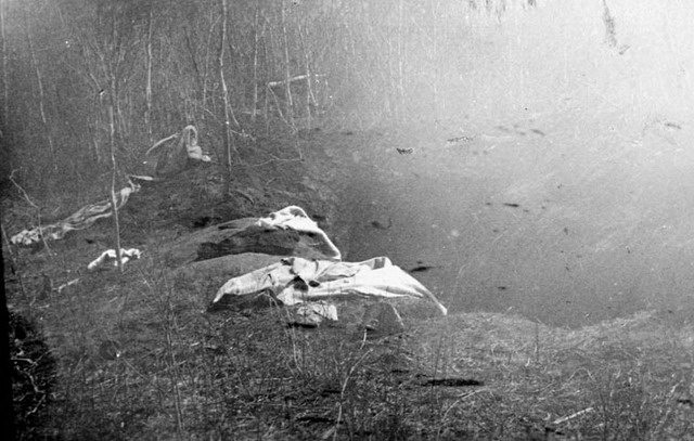 Photo of abandoned Métis rifle pits at Batoche by James Peters, May 12, 1885  From the Library and Archives Canada (C 003449)