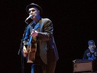 Dave Bidini in concert. Photo by Simon Law, from Flickr.