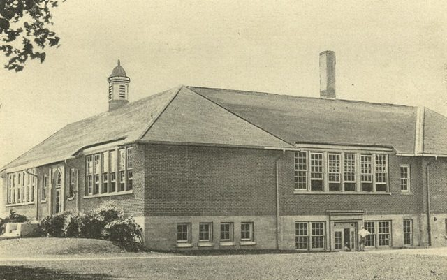 King Street School in Whitby, ca  1925  From the Whitby Archives, P2013 001 010