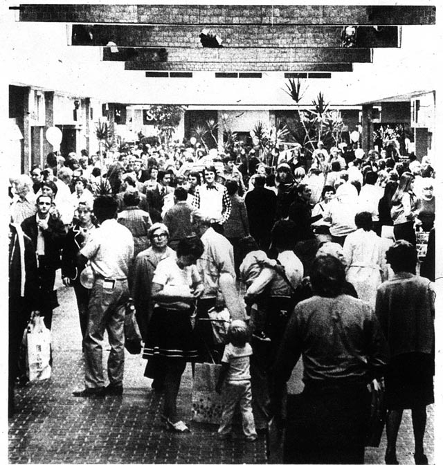 Opening crowd at Square One outside Sears store  The Toronto Sun, October 4, 1973