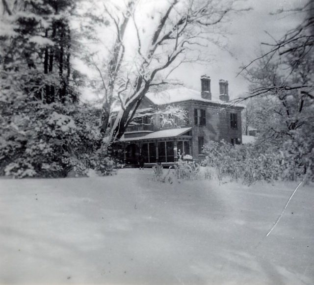 (Left: Benares Historic House, 1503 Clarkson Road North, Mississauga  From the Mississauga Library System (BA0041))