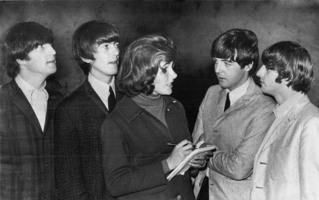 archives Beatles and reporter_MK