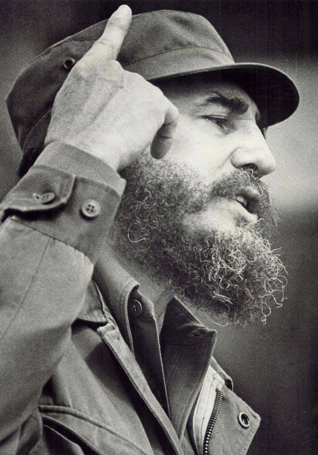 archives Fidel Castro portrait