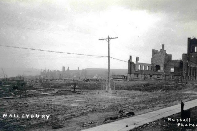 Haileybury after its destruction in the Great Fire of 1922  Photo from Wikimedia Commons