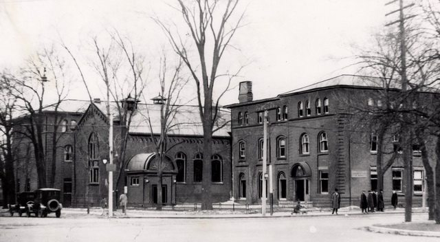 The Toronto (Royal) Conservatory of Music, southwest corner of University Avenue and College Street, 1920  From the Toronto Public Library Digital Collection
