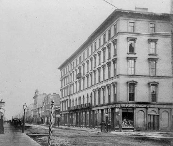 Rossin House  York Street, southeast corner of King Street  1867  Photograph by Octavius Thompson  Toronto Reference Library: T 12706