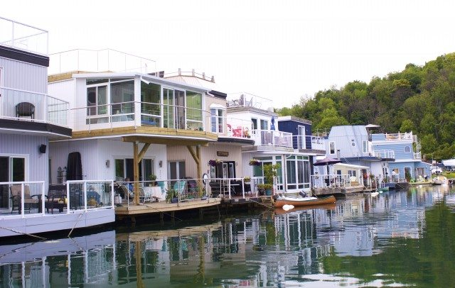 Homes That Float: Toronto's Tiny Refuge From Urban Living