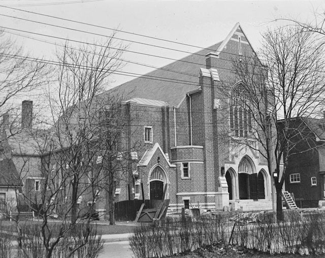 High Park Presbyterian Church, Boustead Avenue, April 11, 1930  City of Toronto Archives, Globe and Mail fonds, Fonds 1266, Item 19783