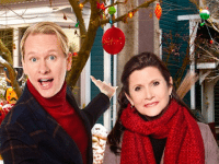Carson Kressley and Carrie Fisher were TOTALLY standing together for this promotional image and Photoshop was in no way involved!