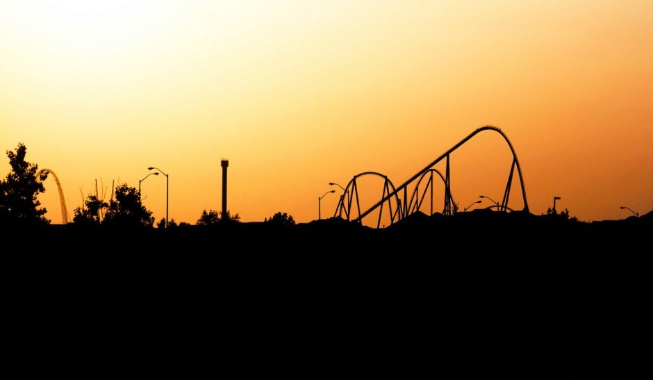 Sun setting on Wonderland in Vaughan   Photo by Photo by   Cameron Applegath from the Torontoist Flickr Pool