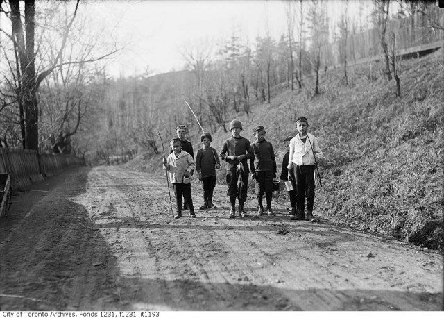 Boys fishing in the Don Valley in 1916. Photo from the Toronto Archives Fonds 1231 Item 1193.