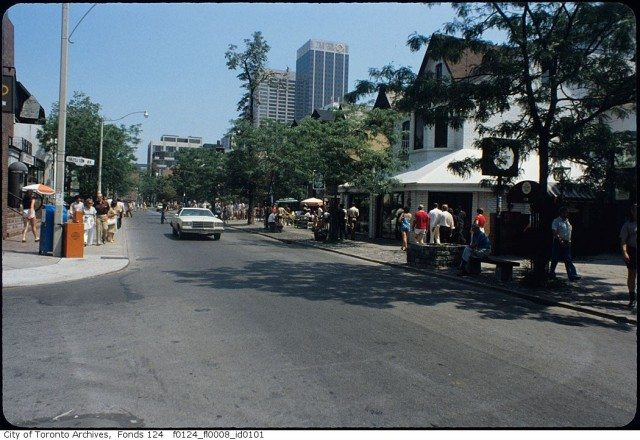 Yorkville in the 1970s. Toronto Archives, Finds 124, File 8.
