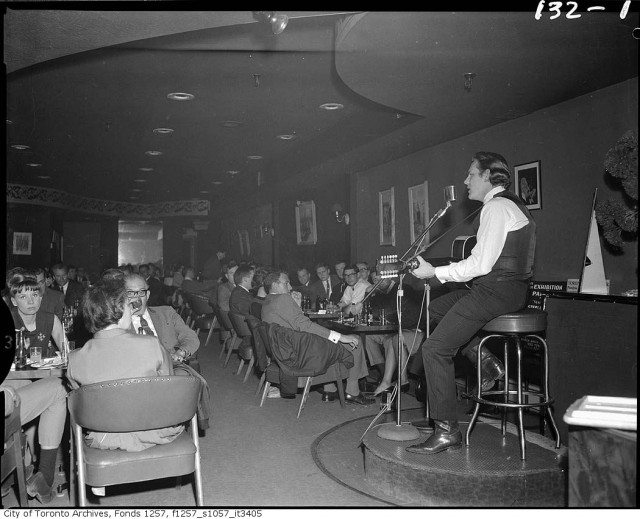Gordon Lightfoor performing at an Apex Records lunch circa 1970. Toronto Archives, Fonds 1257, Series 1057, Item 3405.