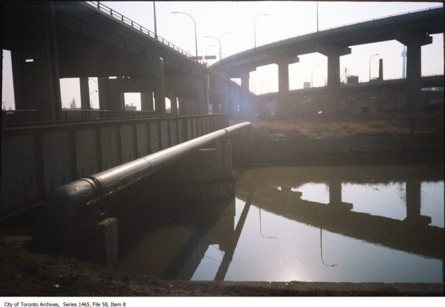Bridges over the Don River, looking just north of the Gardiner Expressway in the 1980s or 1990s. City of Toronto Archives, Fonds 200, Series 1465, File 58, Item 8.