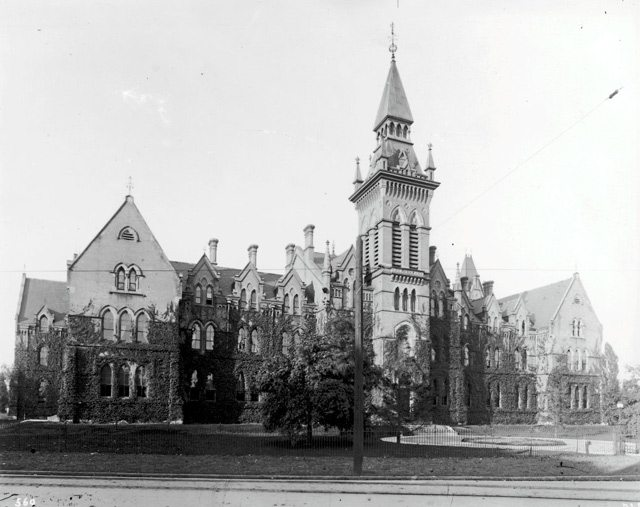 Knox College, Spadina Avenue, north of College Street, between 1889 and 1918. Photo by Galbraith Photo Company. City of Toronto Archives, Fonds 1587, Series 409, Item 47.