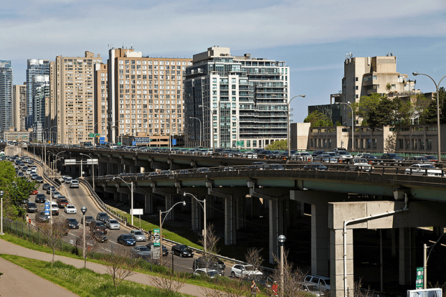 The Gardiner Expressway. Photo by Vik Pahwa from the Torontoist Flickr Pool.