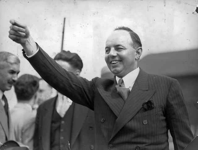 Premier Mitchell Hepburn.  City of Toronto Archives, Fonds 1244, Item 1030.