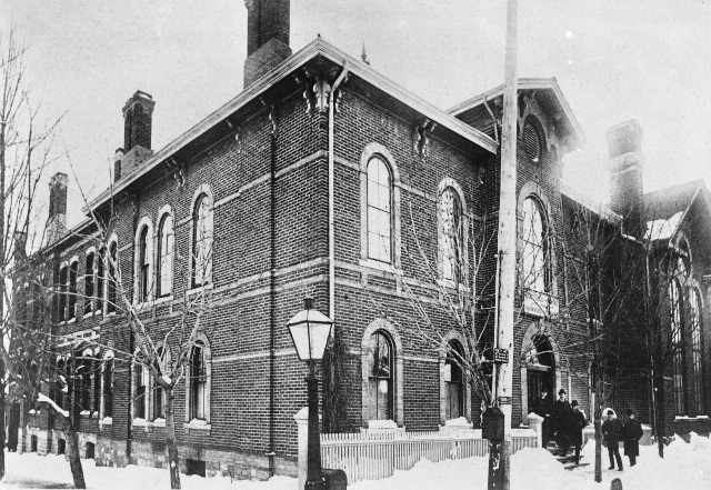 The Toronto School of Medicine, ca. 1885, on Gerrard Street.  Courtesy of the Toronto Public Library.