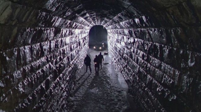2017_02_02-screamingtunnel (640x357)