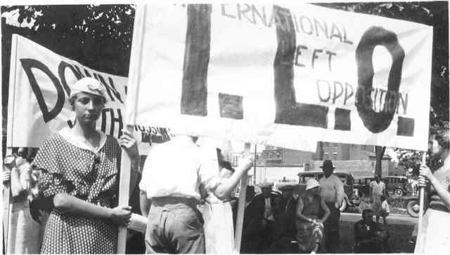 Woman holding banner for the International Left Opposition demonstration, possibly at the 1933 anti-fascist parade. Ontario Jewish Archives, Blankenstein Family Heritage Centre, fonds 32, item 8. Used with permission.