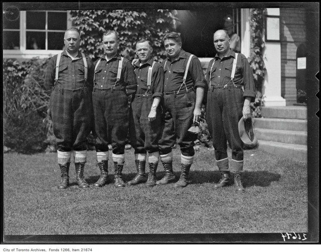 French-Canadian singers group at the CNE on August 25, 1930. Photo from the City of Toronto Archives, Globe and Mail fonds, Fonds 1266, Item 21674.