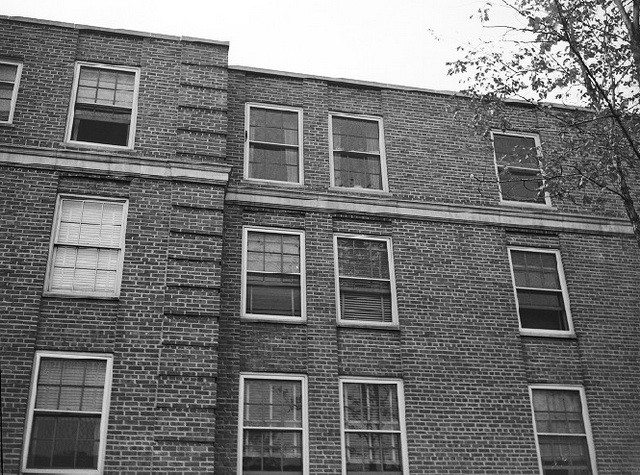 Detail of Grace Buchanan-Dineen's apartment building, listed as 7716 East Jefferson Avenue in newspapers (but which appears to be 7700 East Jefferson in the present-day). From the Detroit News Collection, Walter P. Reuther Library, Wayne State University.
