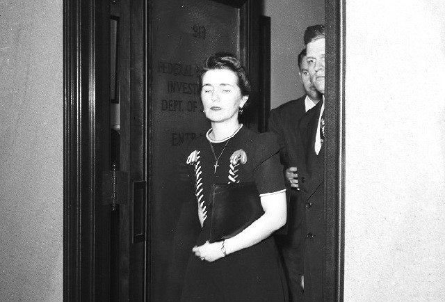 Detail of Grace Buchanan-Dineen, at the offices of the Federal Bureau of Investigation in Detroit, ca. August 1943. From the Detroit News Collection, Walter P. Reuther Library, Wayne State University.