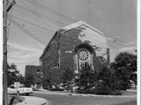 The Holy Blossom Temple on Bathurst Street circa 1959. Photo by Harold Robinson and used courtesy of the Ontario Jewish Archives (Item 932).
