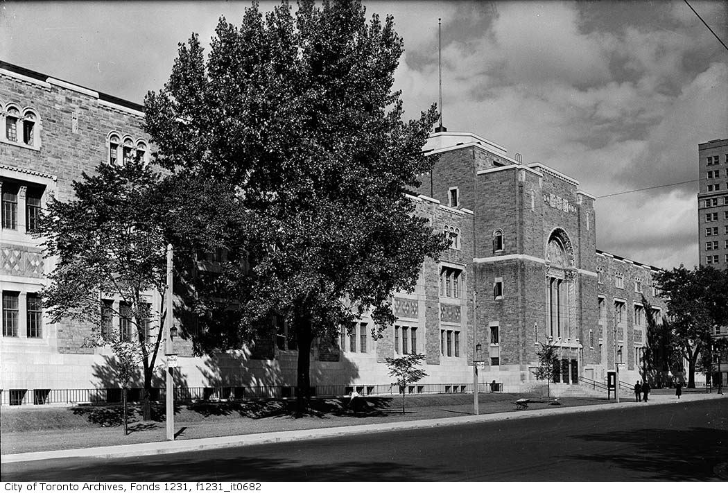 The Royal Ontario Museum on August 29, 1935. Photo from the City of Toronto Archives Fonds 1231, Item 682.