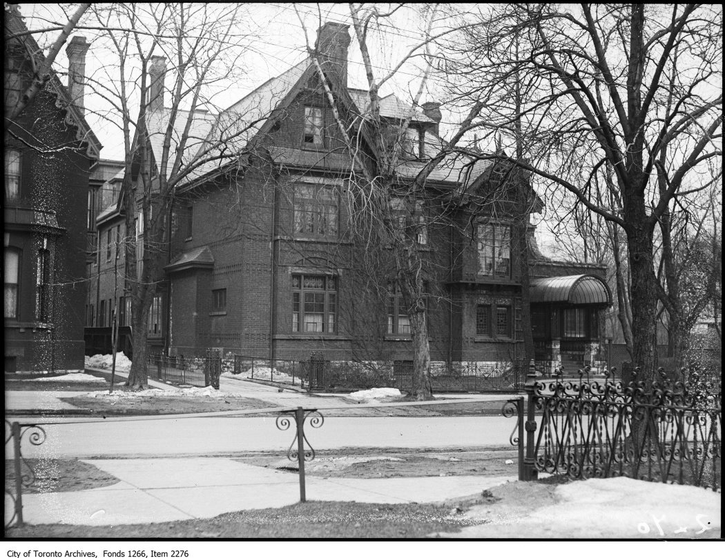 Edmund Walker residence on 99 St. George Street on March 28, 1924. Photo from the City of Toronto Archives Globe and Mail fonds, Fonds 1266, Item 2276.