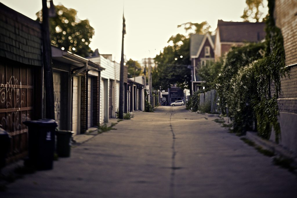 A Toronto laneway. Photo by Alisdair Jones via the Toronotist Flickr page.