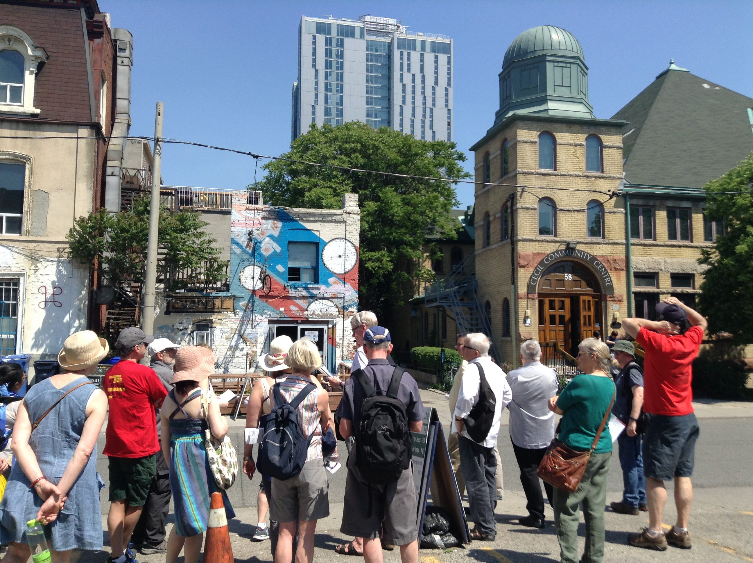 The Workers' History of Spadina tour stops at a community centre on Cecil Street, which used to be a synagogue. Photo by Erin Sylvester.