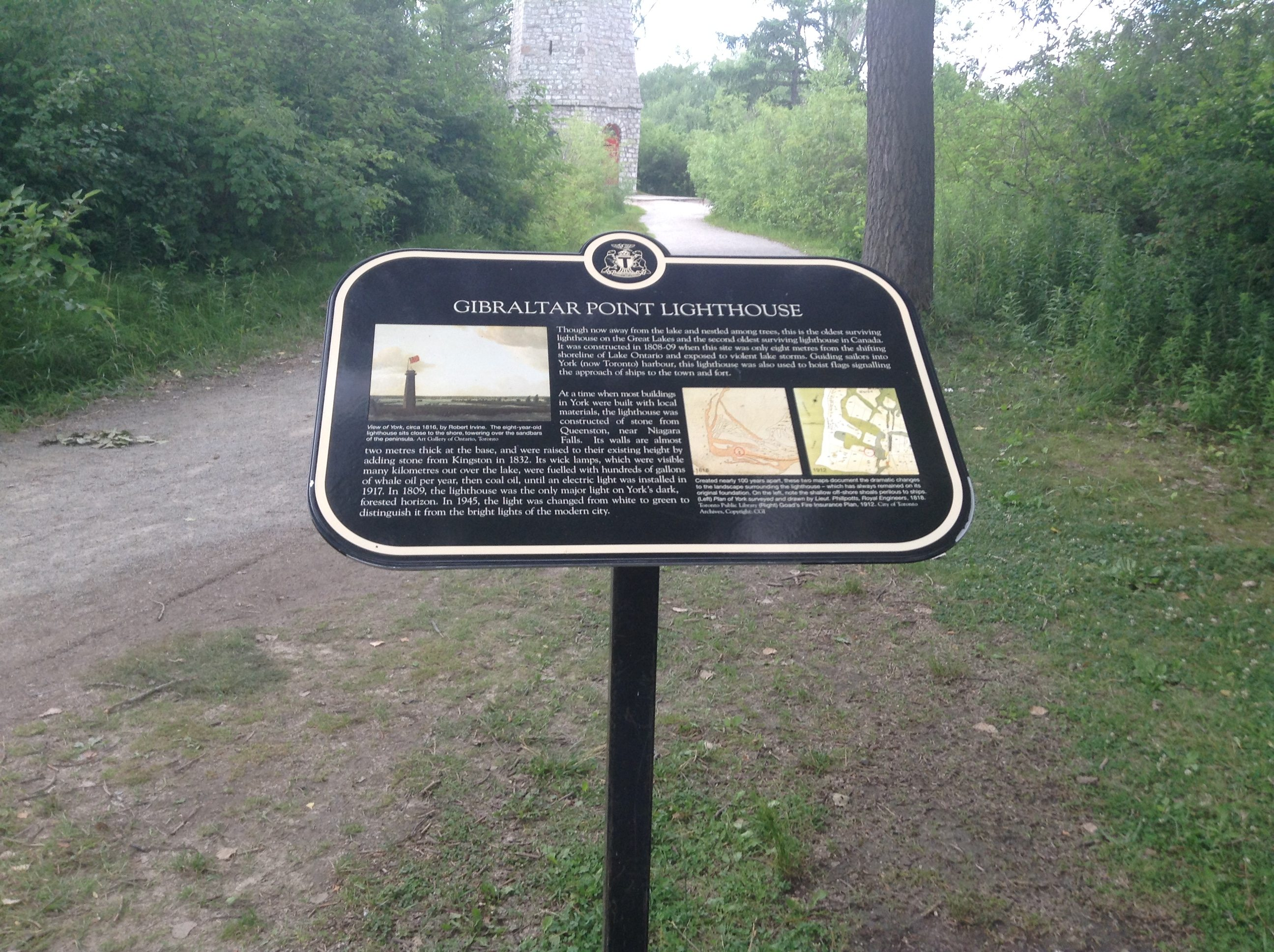 The first of two 2008 Heritage Toronto plaques at the site of the lighthouse. Photo by Erin Sylvester.